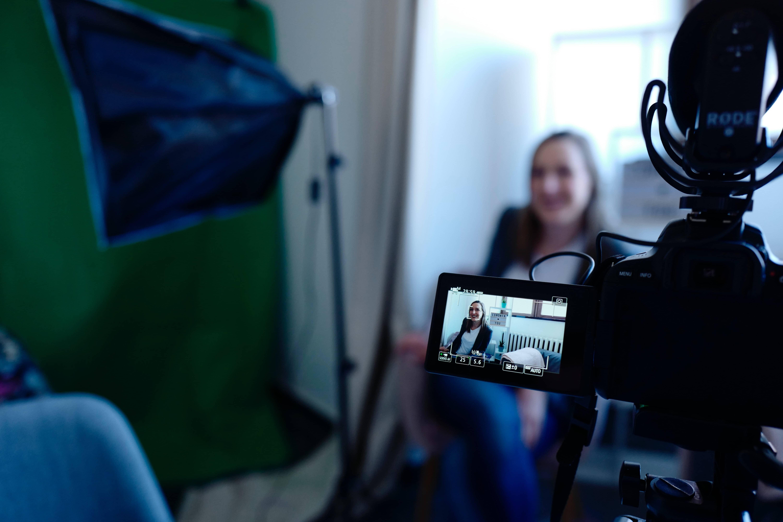 Cómo crear vídeos de marketing y ventas sencillos pero exitosos