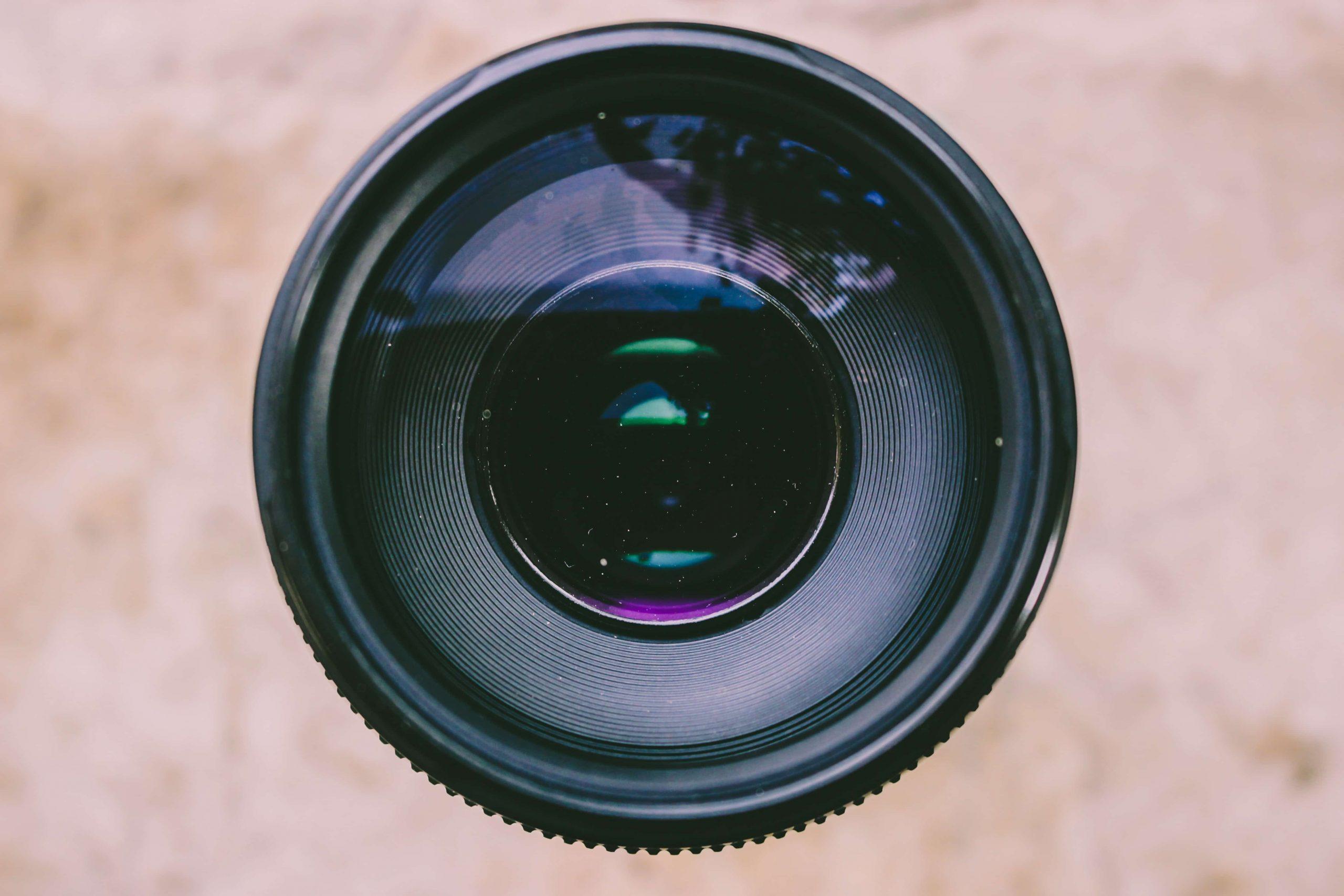 Graba tus vídeos de empresa con tu webcam
